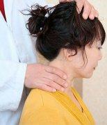 颈椎病的自我治疗方法 推拿治疗颈椎病的效果